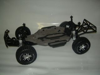 Traxxas Slash 4wd 4 wheel drive Roller chassis with Tires Brand New