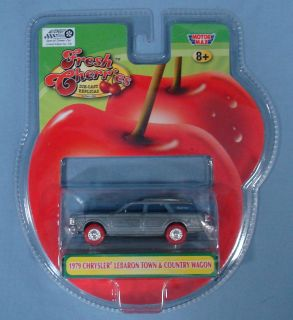 MOTORMAX FRESH CHERRIES DIE CAST 1979 CHRYLSER LEBARON TOWN & COUNTRY
