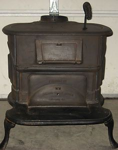 STYLISH FRANKLIN ATLANTA STOVE WORKS WOOD OR COAL STOVE W HEARTH PICK