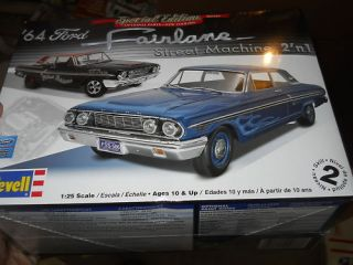 Revell 1964 Ford Fairlane Thunderbolt 2n1 Model Car Mountain Kit