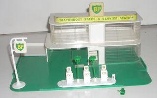Vintage 9 Lesney Matchbox BP Gas Station Accessories