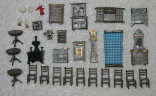31 pc miniature dollhouse furniture kitchen dinning etc 8pc bathroom