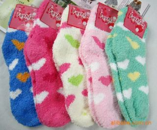 Pair Women Warm Heart Fuzzy Socks Home Towel Soft