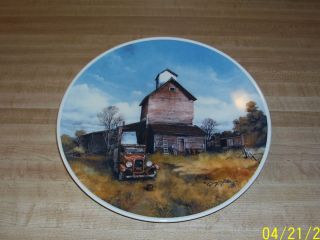 Collector Plate 1979 Gary P Miller AAA North Dakota Auto Club 446