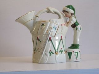 LENOX FOR THE HOLIDAYS FRENCH HORN PITCHER IN ORG BOX / SANTAS