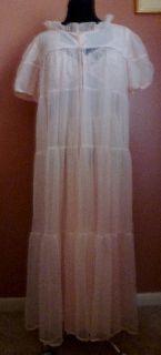Vintage Dutchmaid Nightgown Peignoir Set Peach Chiffon Alencon Lace
