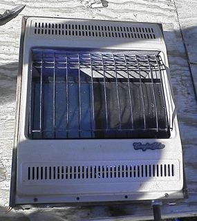 Comfort Glow 18 000 BTU Natural Gas Wall Heater Model CGN18TB Unvented