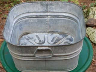 Antique Vtg Galvanized Metal Wash Bucket Tub Pail Primitive Farm