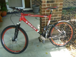 Trek Fuel 100 Carbon Fiber Mountain Bike Great Components Condition