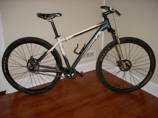 Trek Marlin Gary Fisher 2011 G2 29er Single Speed Mountain Bike 17.5