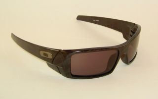 New Oakley Gascan Sunglasses Black Plaid Frame 24 296 Warm Grey Lenses