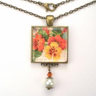 Patriotic Art Glass Pendant Necklace Vintage Charm Jewelry