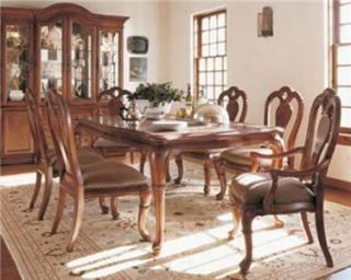 Thomasville Furniture British Gentry Oak Dining Table