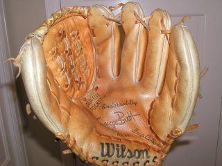 Wilson George Brett A2144 Grip Tite Pocket Baseball Fielder Glove RHT