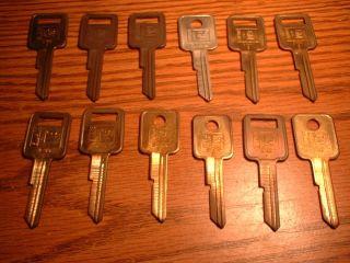 12 Vintage Curtis GM Key Blanks for GM Cars Part B 44 E