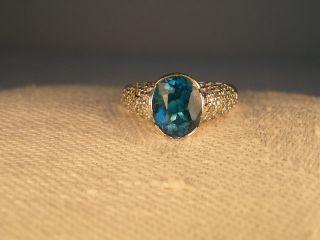 Gorgeous Estate 14K White Gold London Blue Topaz Pave Diamond Ring