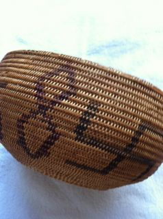 Beautiful CA Nevada Washoe Native American Indian Basket Swastika
