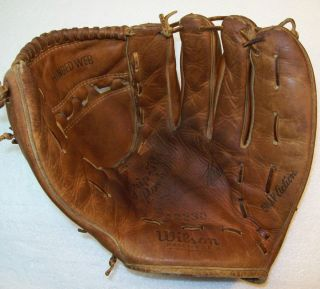 vintage Wilson A2230 HARMON KILLEBREW Baseball Glove made USA 60s