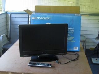 Emerson 19 HDMI Flat Screen HDTV 720p Television w DVD Player
