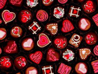 SWEET TREAT COTTON FABRIC ~ TRUFFLES ~ HEARTS ~ KISS & TELL BENARTEX