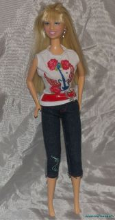 Lovely 2007 Disney Hannah Montana Doll Rock Star Tee Outfit Miley