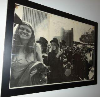 Beatles Paul McCartney Linda Wings signed Venus Mars poster CAIAZZO