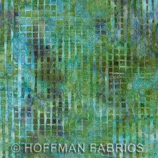 Hoffman Bali Batik 12 Block Log Cabin Pre Cut Quilt Kit 29 x 39 Lupine