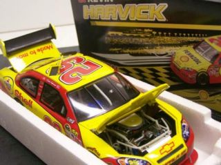 2009 Kevin Harvick 29 Shell Diecast Action NASCAR 1 24 Stock Car of