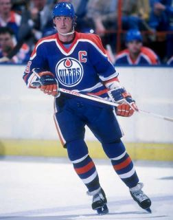 This figure has Gretzky in the uniform of the Edmonton Oilers, with