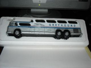 Corgi GM 4501 Scenicruiser Collectible Greyhound Bus