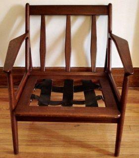 ARNE VODDER for Vamo Mobelfabrik Model 6 DANISH teak LOUNGE chair MID