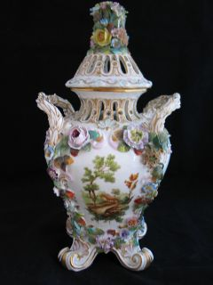 ANTIQUE C 1774 MEISSEN PORCELAIN HAND PAINTED SCENIC FLOWERS ENCRUSTED