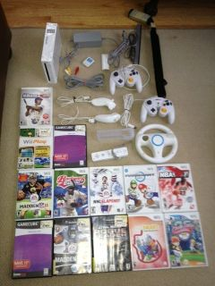 Nintendo Wii White Console Bundle w 13 Games Accessories
