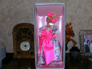 1990 Barbie Style Collector Doll Le