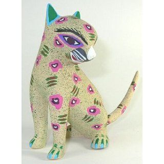 Cat ~ 5 1/4 Inch Oaxacan Wood Carving: Home & Kitchen