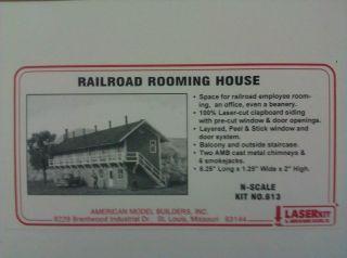Model Builders N Scale Railroad Rooming House Kit 613 NIB