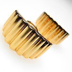 Tiffany & Co Scallop Motif Huggie Earrings Solid 18K Gold Fine Jewelry