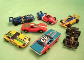 LOT OF 7 Older VINTAGE Used H.O. SLOT CARS Richard Petty FERRARI