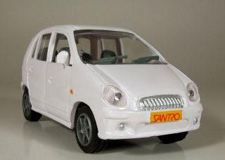 Hyundai Santro Atos Amiga 1998 Plastic Promo Model in 1 32 Scale White