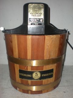 RCW Sterling 5 Qt Electric Ice Cream Maker w Wood Bucket