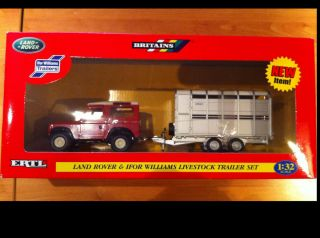 Britains ERTL 42128 Land Rover Ifor Williams Livestock Trailer Set