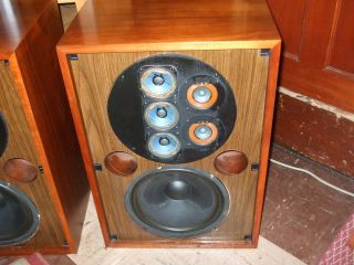 MARANTZ IMPERIAL 8 VINTAGE SPEAKERS WITH ORIGINAL FLOOR STANDS FOR