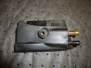 EVINRUDE OUTBOARD FASTSTRIKE V4 FUEL / OIL INLET GROMMET ASSY 435273
