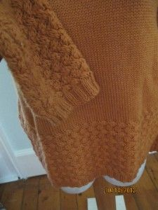 Beautiful Womens Innis Crafts Irish 100% Merino Wool Orange TNeck Rib