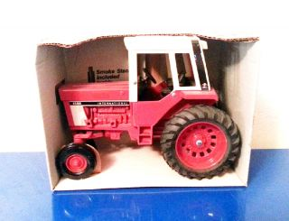 16 Scale Ertl 463 International 1586 Tractor Die Cast NIB