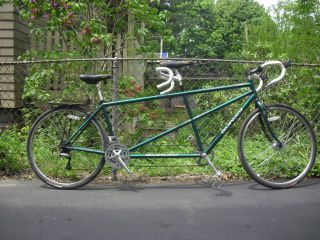 Burley Rumba Road Touring Tandem Green Metallic Powdercoat