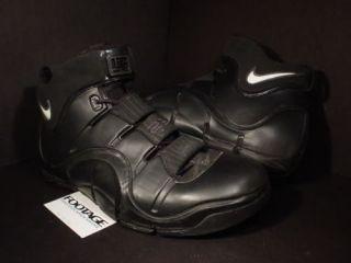 06 Nike Zoom LEBRON JAMES IV 4 PLAYER EXCLUSIVE PE SAMPLE BLACK