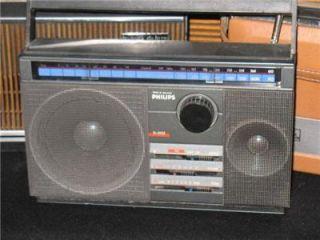 Collectors Vintage Philips D 2122 Portable Transistor Radio Receiver