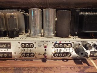 Vintage Fisher 800 B Am FM Stereo Tube Receiver with Wood Case