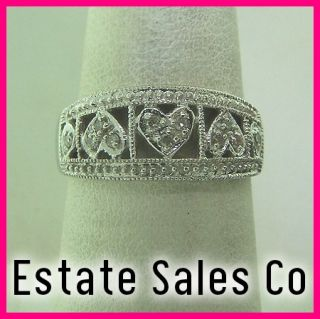 Ladies 10k White Gold Round Diamond 3 Heart Band Ring .22 Carats Total
